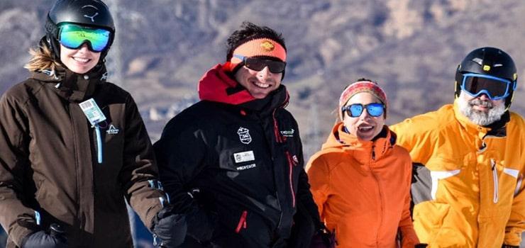 """Durante el invierno no todos los """"peligros"""" son catarros o gripes, también las bajas temperaturas, el viento o incluso el propio sol pueden ser perjudiciales para nuestros ojos.  ¿Practicas deportes de… Me Interesa"""